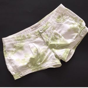 Abercrombie & Fitch short shorts size O